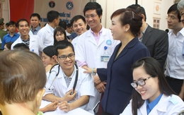 Hơn 600 người dân được khám bệnh, cấp thuốc miễn phí