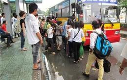 """Nỗi hoảng sợ của nữ sinh khi bị """"lạm dụng"""" trên xe bus"""