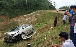 Ôtô chở sư thầy gặp nạn trên cao tốc Nội Bài - Lào Cai