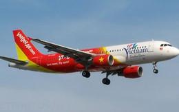 """Rada sân bay Tân Sơn Nhất """"tê liệt"""", máy bay Hà Nội phải quay đầu"""