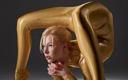 """Kinh ngạc với tài uốn dẻo siêu đẳng của cô gái """"người rắn"""""""