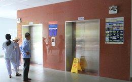 Bệnh nhân la hét vì thang máy bệnh viện rơi tự do