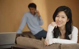 Sau ly hôn vẫn theo dõi vợ cũ để đánh ghen