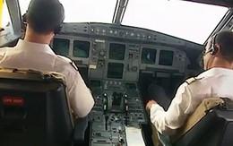 Cơ trưởng phi tang 10 viên đạn trong toilet máy bay