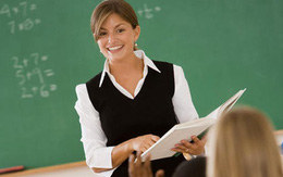 Cô giáo treo cổ tự tử ngay tại lớp học