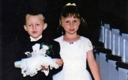 Cặp đôi trở thành vợ chồng sau 17 năm làm phù dâu, phù rể