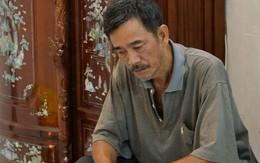 Bố MC Quang Minh khắc khổ, lặng lẽ lo hậu sự cho con trai