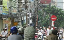 Cận cảnh những hiểm họa lơ lửng trên đầu người dân thủ đô