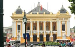 Bất ngờ với màu sơn mới của Nhà hát lớn Hà Nội