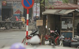 """Tấm biển """"Hỏi đường 10K"""" giữa Hà Nội và nỗi ái ngại về lòng tốt con người..."""