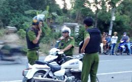 Hàng chục cảnh sát vây bắt nghi can chém chết người