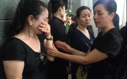 Nghệ sỹ Việt nghẹn ngào vĩnh biệt NSƯT Anh Dũng