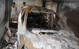 Ôtô 4 chỗ cháy rụi sau tiếng nổ lớn