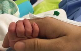 Rò rỉ hình ảnh đầu tiên về con trai Khánh Thi