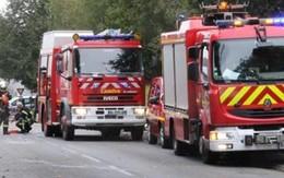 Xe buýt đâm xe tải, hơn 40 người chết