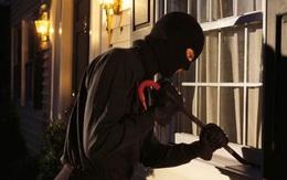 Nên giả vờ ngủ nếu có trộm vào phòng