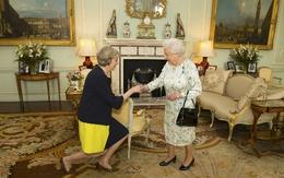 Nữ thủ tướng Anh nhậm chức
