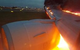 Máy bay chở hơn 240 người bốc cháy khi hạ cánh khẩn