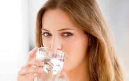 Tự hủy hoại sức khỏe vì uống nước sai cách