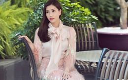 Hoa hậu Lam Cúc đẹp mộng mị trong tiết trời cuối xuân