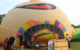 Lạ lẫm với 9 khinh khí cầu rực rỡ trên bầu trời cố đô Huế