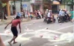 Người bố trẻ bị bắt giữ vì đập sữa siêu thị, phản ánh chất lượng