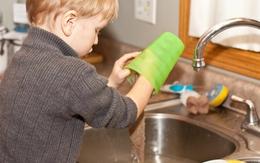 Vì sao trẻ sẽ dễ thành công nếu biết làm việc nhà từ bé?