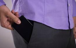 Đàn ông muốn có con nên để điện thoại xa túi quần