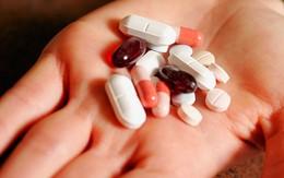Sử dụng kháng sinh khi trị mụn trứng cá: Lợi bất cập hại