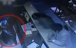 Nhân viên nhà hàng bắt cóc con 10 tháng tuổi của khách