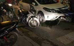 """Hải Phòng: Dừng đèn đỏ, xe """"điên"""" gây tai nạn liên hoàn"""