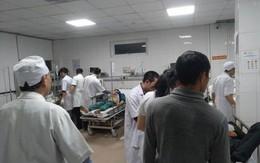 Nghệ An: Sập giàn giáo xây dựng bến xe, nhiều người bị thương