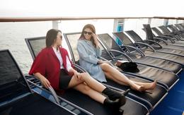 Hoa hậu Đỗ Mỹ Linh, Á hậu Thanh Tú khoe chân dài thẳng tắp bên du thuyền triệu đô