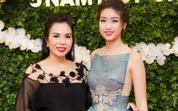 Hoa hậu Mỹ Linh đọ sắc bên dàn người đẹp giữa trời giá rét