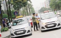 """Sau """"chiến dịch"""" đòi lại vỉa hè tại Hà Nội: Đường lớn thông thoáng nhưng nhiều ngõ nhỏ kẹt cứng"""
