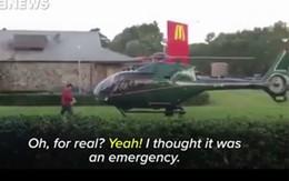 Người đàn ông lái trực thăng đi mua đồ ăn nhanh