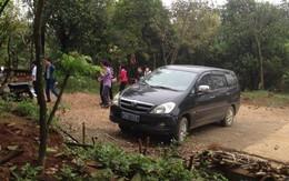 Bộ Nội vụ vào cuộc vụ cán bộ huyện dùng xe công đi lễ chùa