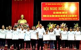 Phú Thọ: Huyện Tam Nông tổ chức Hội nghị biểu dương các cháu học sinh giỏi trong các gia đình sinh 2 con một bề là gái