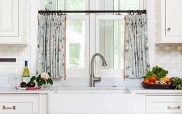 Nếu muốn có một phòng bếp điệu đà thì bạn không thể bỏ qua những mẫu rèm cửa này
