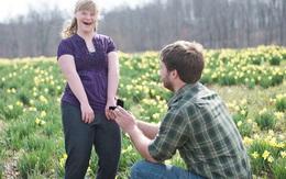 Chàng trai cầu hôn hai chị em cùng lúc vì lý do bất ngờ