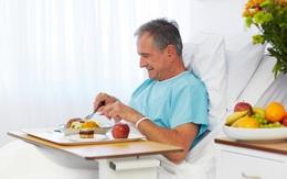 Chuyên gia tư vấn: Cách bổ sung dinh dưỡng cho người sau phẫu thuật, ốm lâu ngày