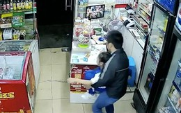 Bé gái 7 tuổi bị bắt cóc khi một mình trông cửa hàng