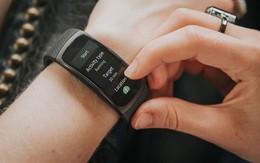 5 thiết bị đeo thông minh nổi bật 2017