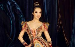 Thanh Mai bí ẩn khi hóa nữ hoàng Cleopatra