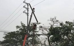 Vướng vào dây điện rớt giữa đường, một phụ nữ thiệt mạng