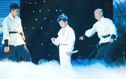Khán giả tranh cãi khi giọng ca nhí Minh Chiến hát 'Ngắm hoa lệ rơi'