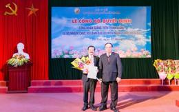 Trao quyết định giảng viên thỉnh giảng cho 41 bác sĩ của Bệnh viện Việt Đức