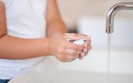 3 mẹo tiết kiệm nước siêu thông minh cho chị em bạn dì