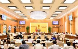 Phiên họp thứ 27 của Ủy ban thường vụ quốc hội: Cử tri bức xúc về  sự lãng phí với SGK