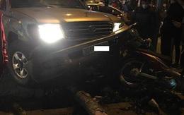 """Hà Nội: """"Xe điên"""" gây tai nạn liên hoàn, nhiều người nhập viện"""